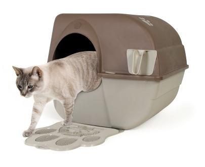 Cat using omega paw litter box